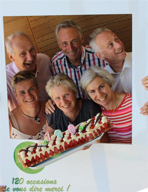 Groupe CB - Famille Poulain